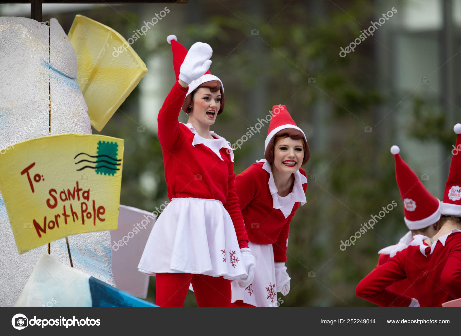 Heb Hours Christmas Eve.H E B Thanksgiving Day Parade 2018 Stock Editorial Photo