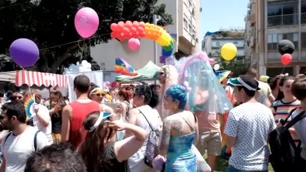 Izrael-Tel Aviv, 14. červen 2019: pomalé pohyby tradiční homosexuální lesbičová hrdost Tel Aviv 2019