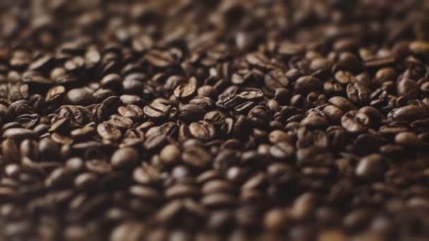 selektivní zaměření aromatických a pražených kávových zrn