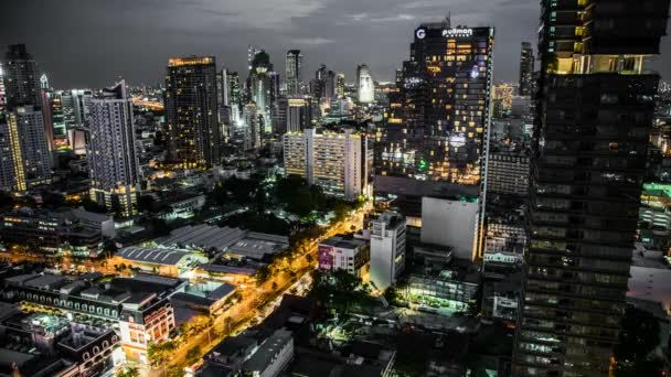 Bangkok street and temple timelapse in Thailand