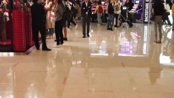 Slow motion of People visit famous shopping mall - Harbour City