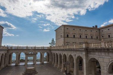 ABBAZIA di Montecassino, Cassino,  Lazio,  Italia.   un monastero benedettino sito sulla sommit di Montecassino, nel Lazio.