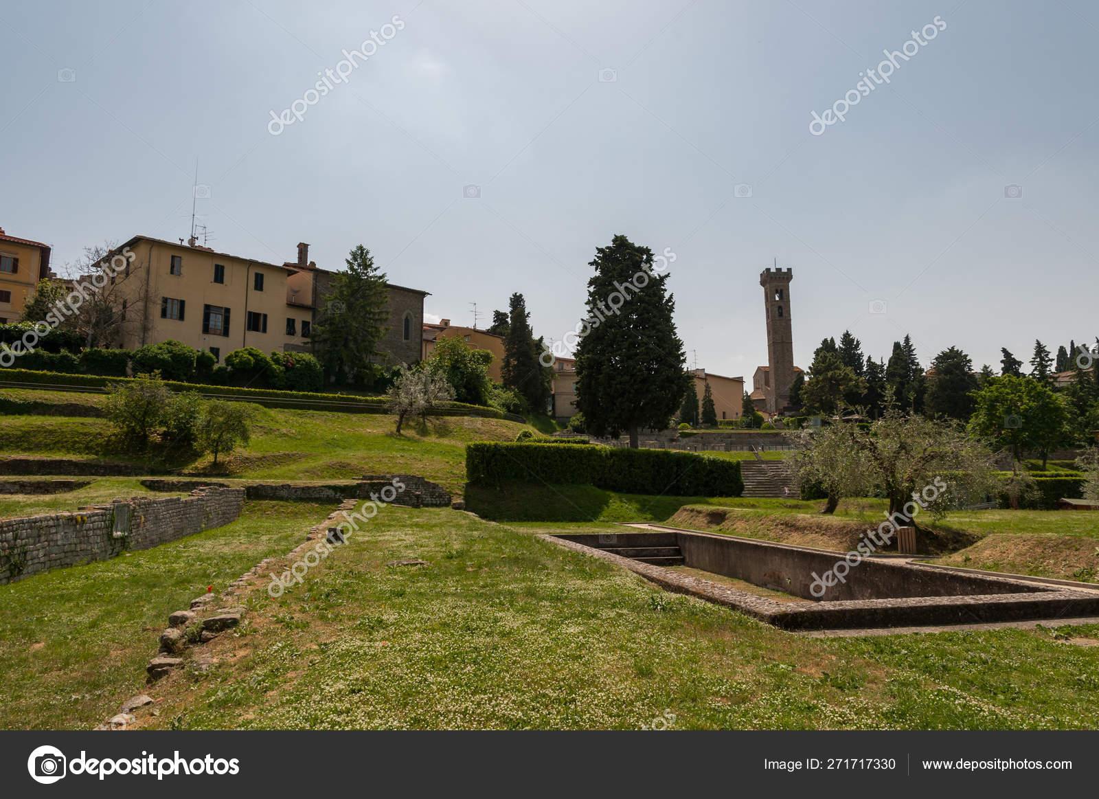 Banos De Epoca.Fiesole Florencia Toscana Los Banos Romanos Construidos