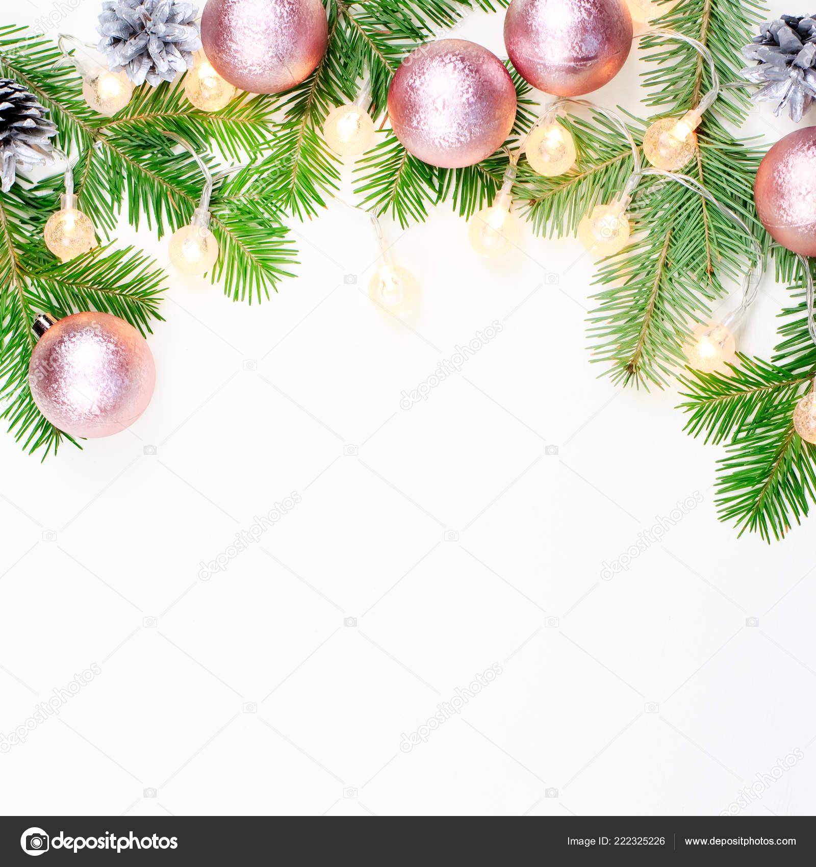 Branche D Arbre Sapin De Noel fond noël avec des branches arbres sapin décorations roses