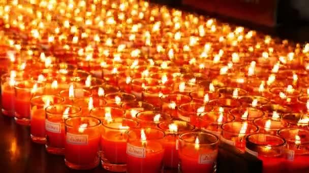 4k zažehnout svíčky v čínských uctívání náboženství