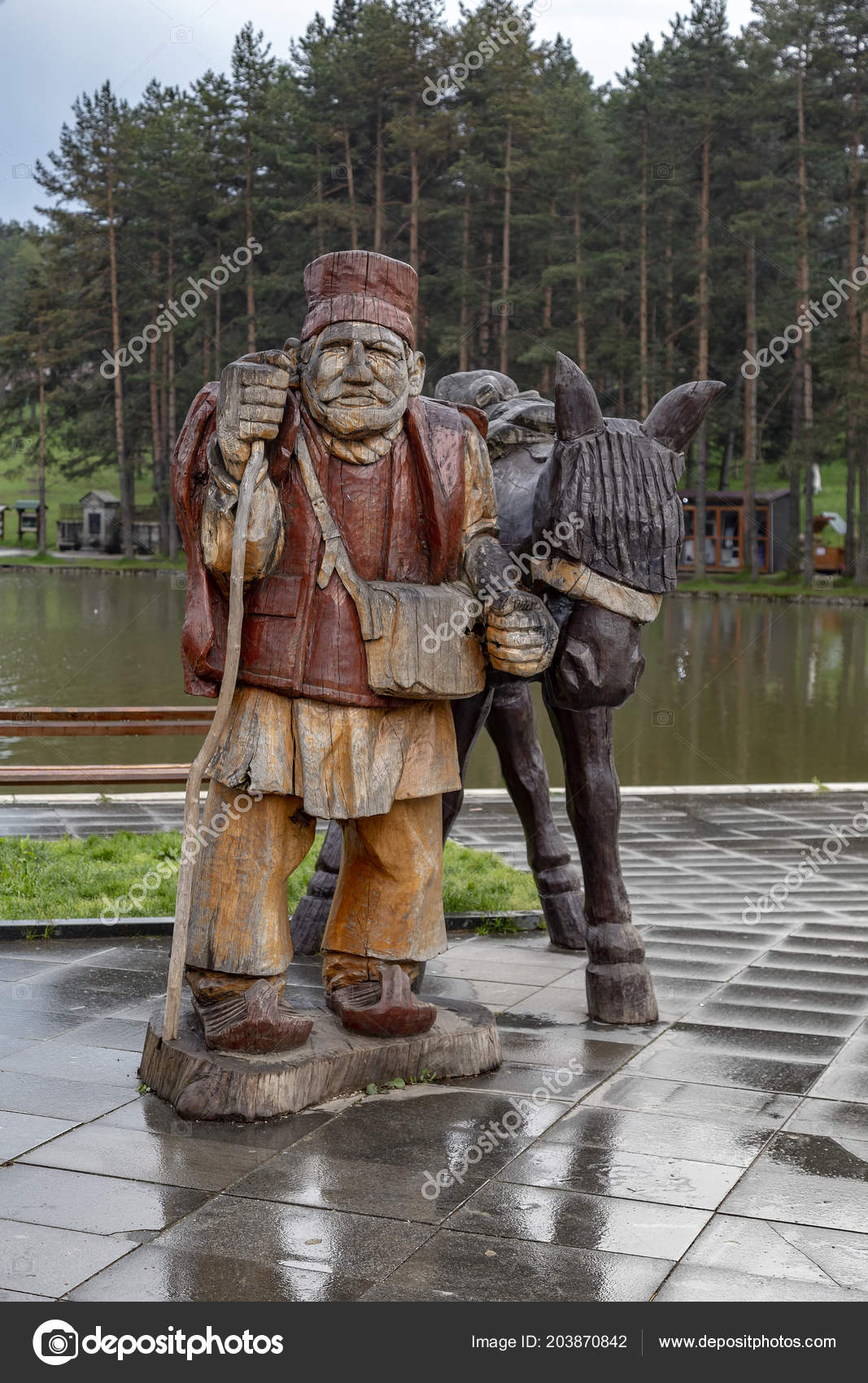 Wooden farmer horse high carved tree chainsaw zlatibor serbia