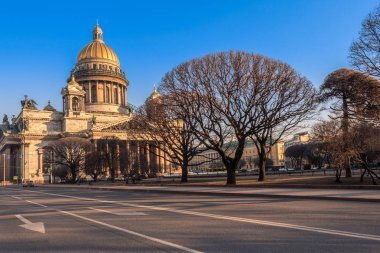 Saint-Petersburg. Russia. Isaakievsky cathedral. Leafless Isaaki