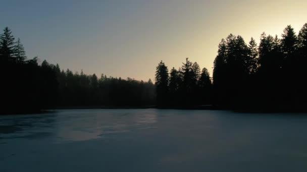 Pruhonice drone repülés alatt fagyasztott tó