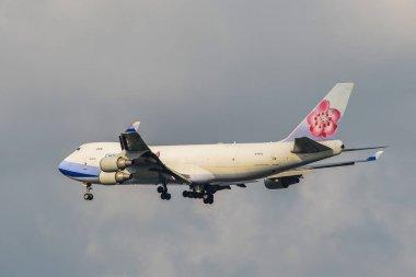 Bangkok, Thailand - Apr 21, 2018. A Boeing 747-400 airplane of China Airlines Cargo landing at Bangkok Suvarnabhumi Airport (BKK). stock vector