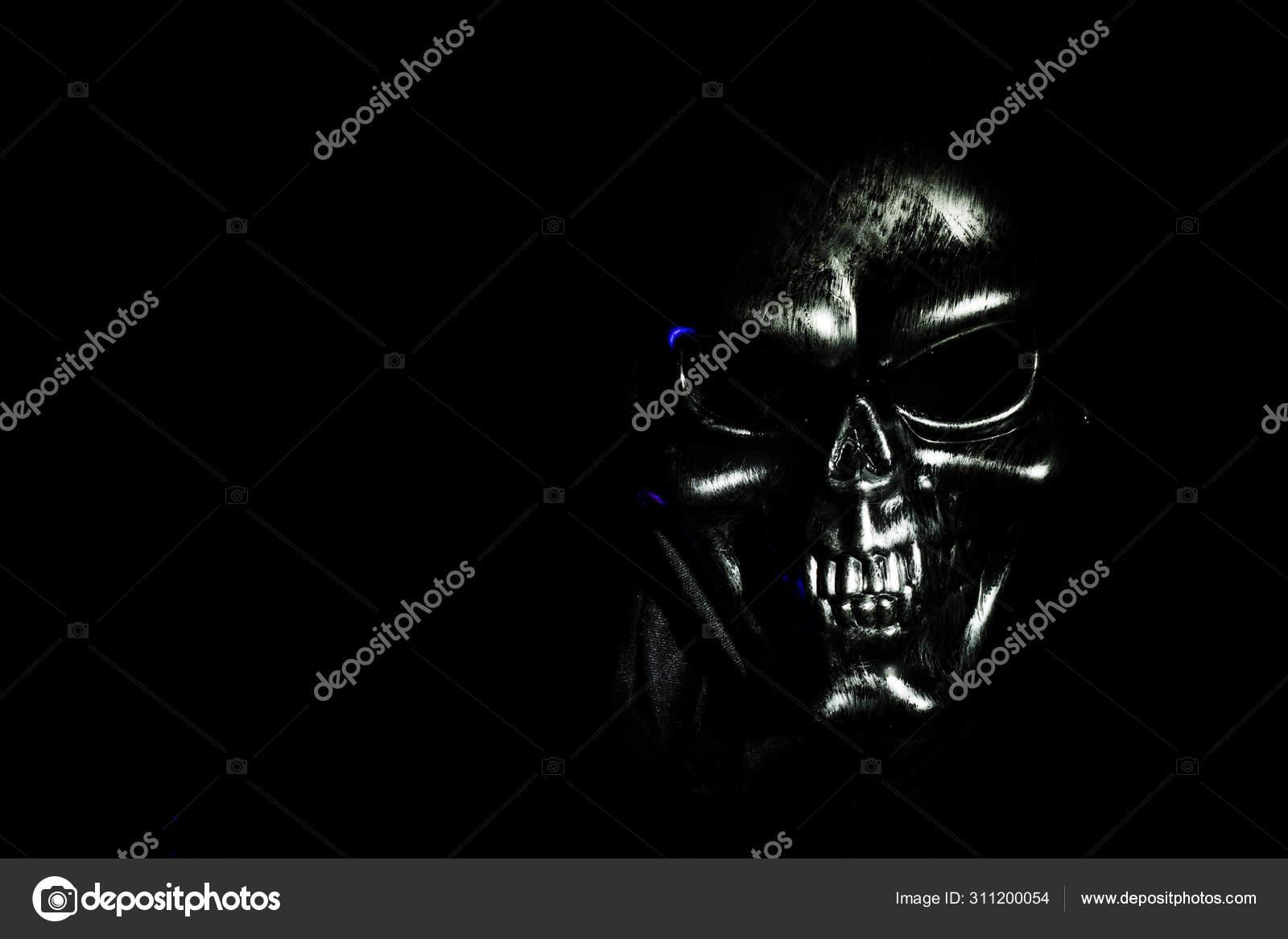 Scary Skul On Black Background Selective Focus Scary Grunge Skull Wallpaper Halloween Background Stock Photo C Nimfafora Photo 311200054