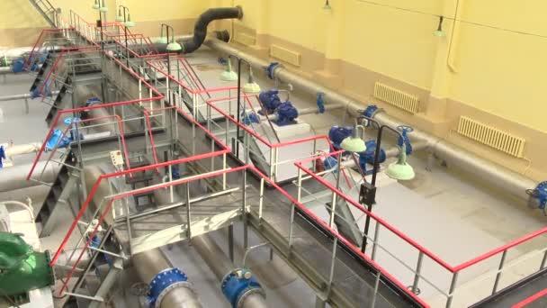 Trinkwasseraufbereitung mittels Ultrafiltration in Wasseranlagen. Panoramaaufnahme