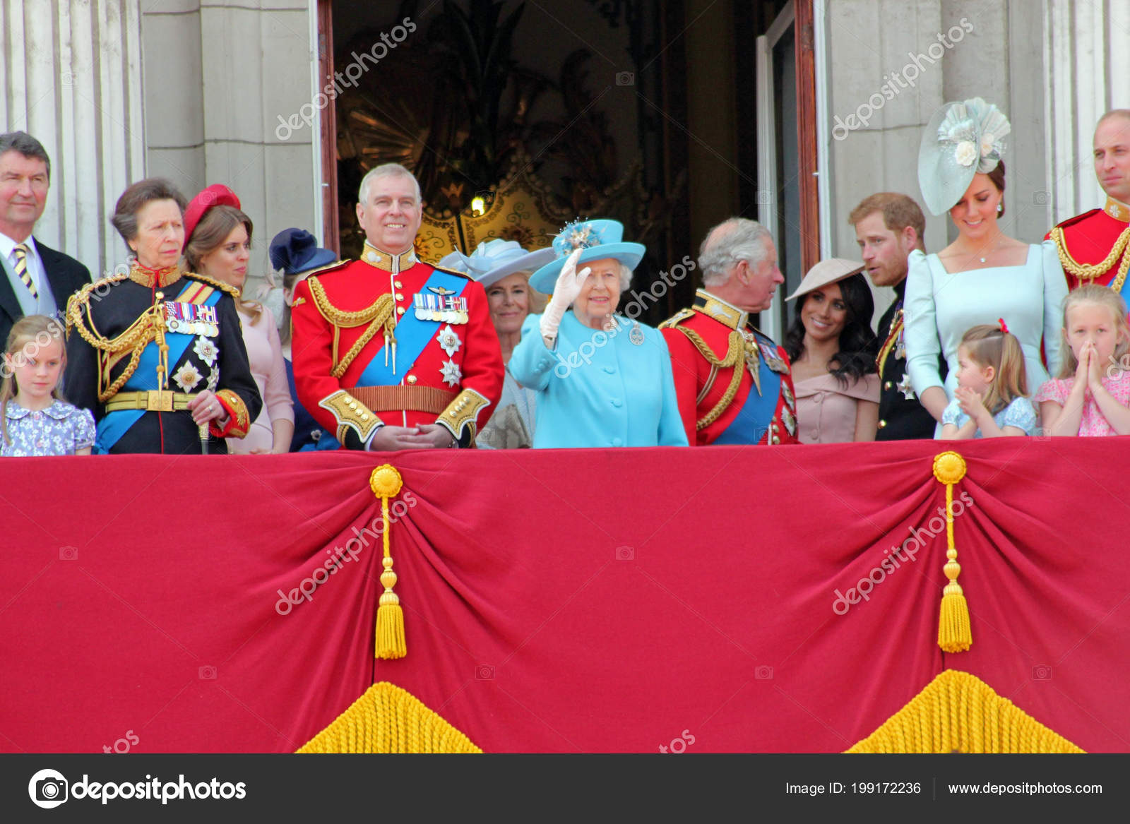 Queen Elizabeth Konigsfamilie Buckingham Palace London Juni 2018