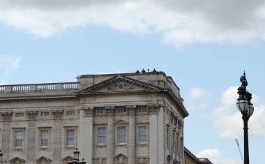 Donald Trump, London, UK, Stock Photo, 3/6/2019 - Donald Trump at Buckingham Palace for UK state visit, security on roof, day photograph image picture