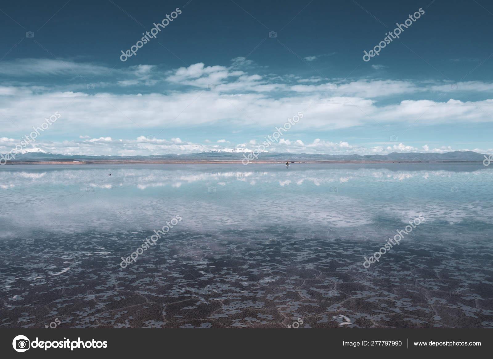Endless Landscapes Reflection Mirror Sky Salar Uyuni Bolivia