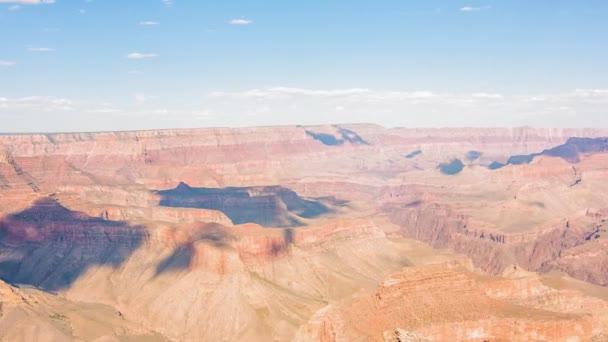 Grand Canyon Overlook za slunečného dne