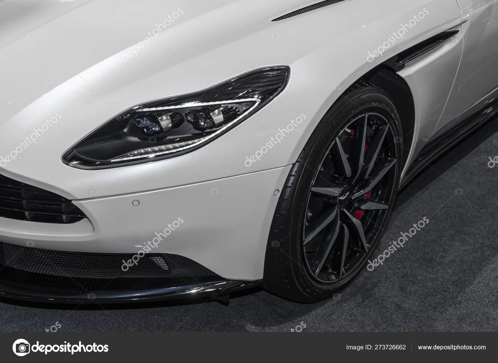 Bangkok Thailand November 2018 Aston Martin Db11 Turbo Coupe White Stock Editorial Photo Pomphotothailand Gmail Com 273726662