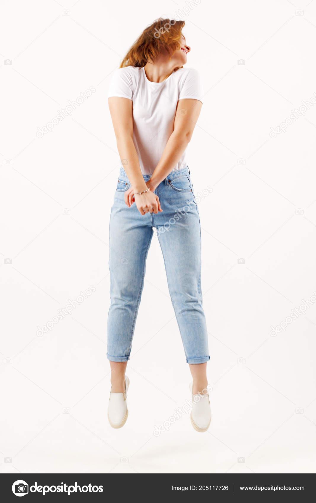 Девушки в белых джинсах видео абсолютно