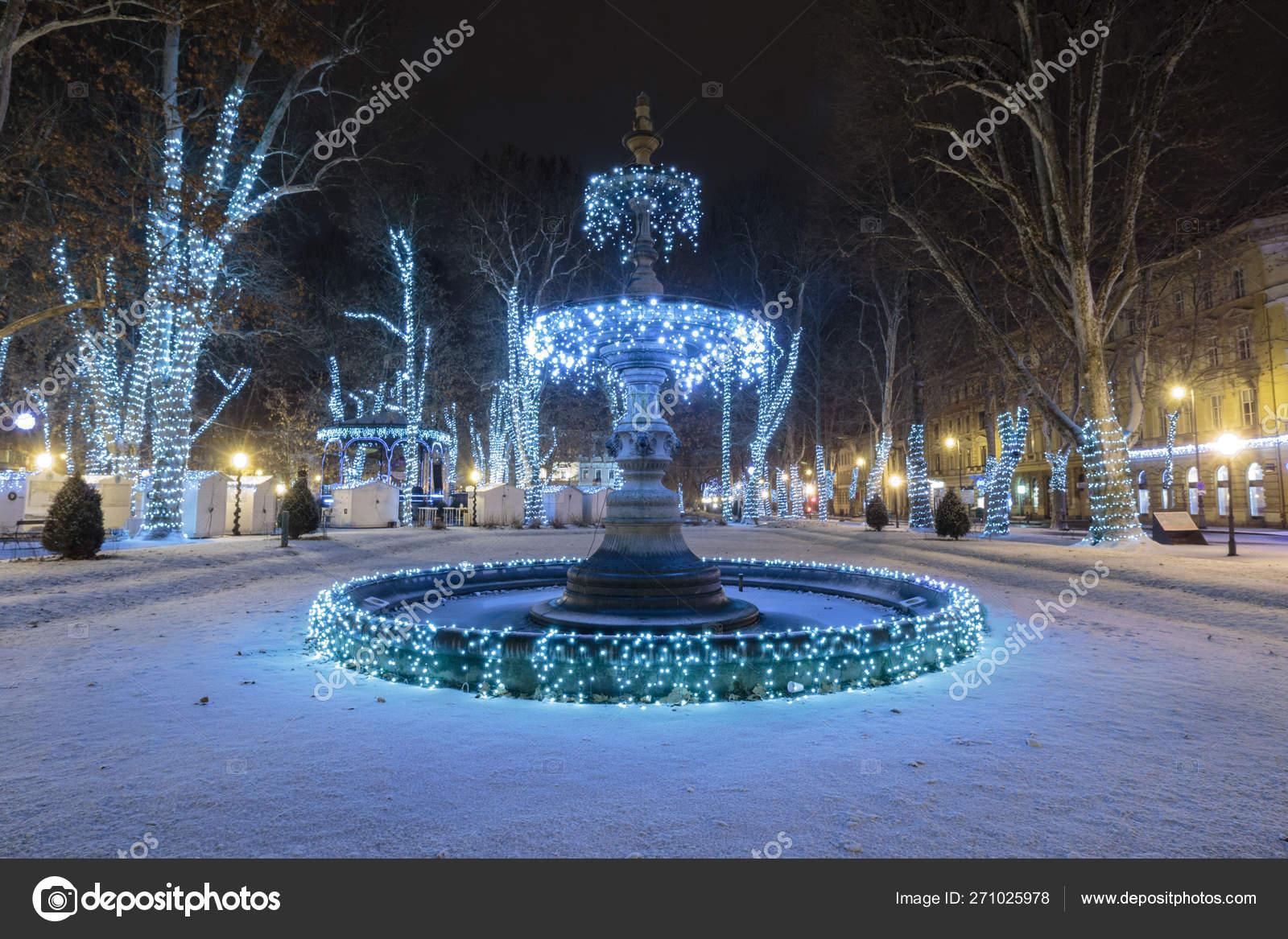 Zrinjevac Park Fountain Decorated Christmas Lights Part Advent Zagreb Fountain Stock Photo C Dariozg 271025978