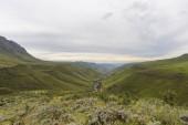 Blick auf den Sani Pass und den Fluss