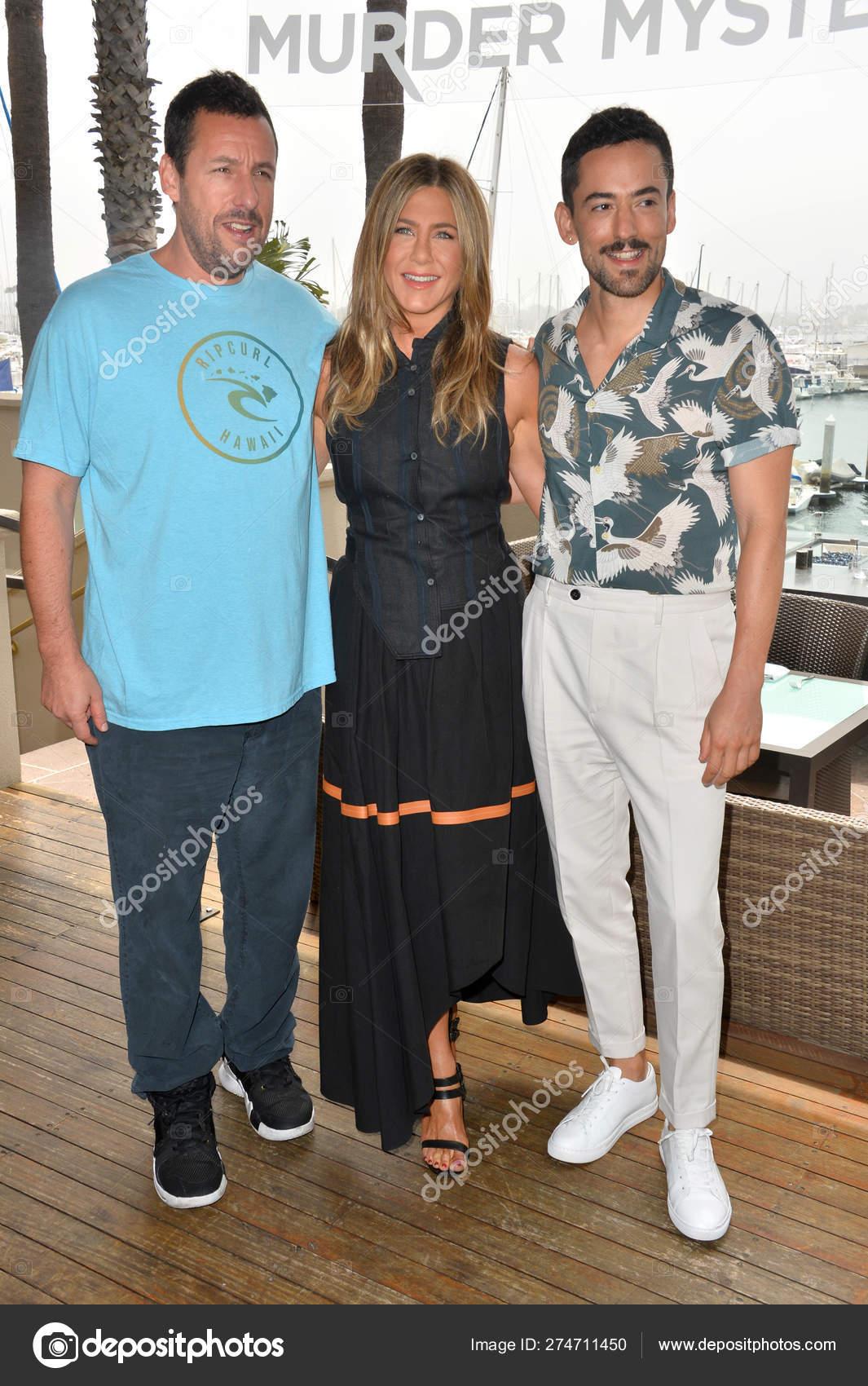 Adam Sandler, Jennifer Aniston & Luis Gerardo Mendez – Stock