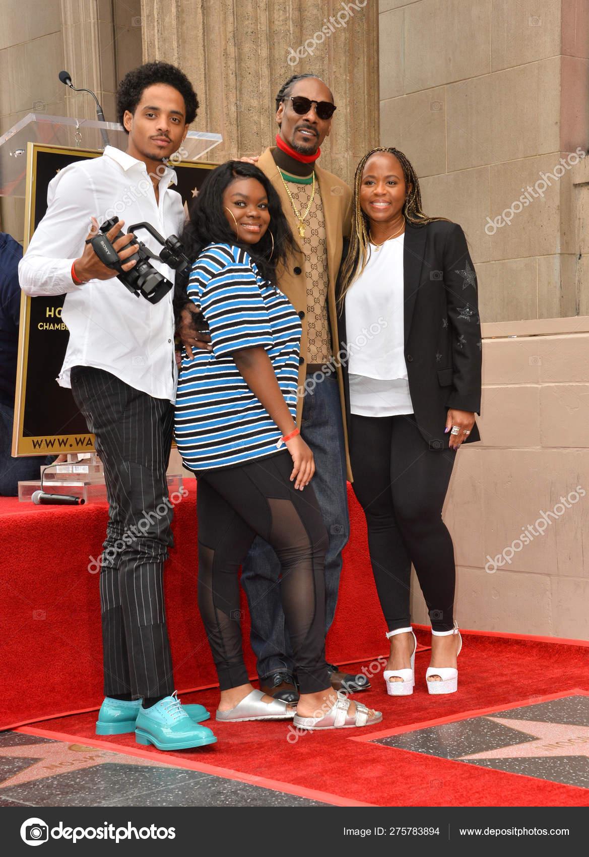 Snoop Dogg, Shante Taylor & family – Stock Editorial Photo