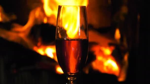Dřevěný oheň hořící plameny