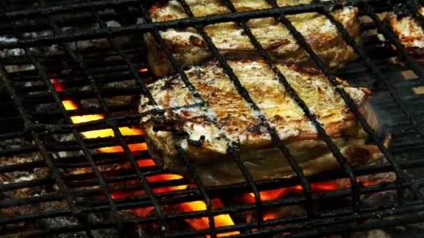 Török hagyományos bárány hús Kokorec a grill tűz