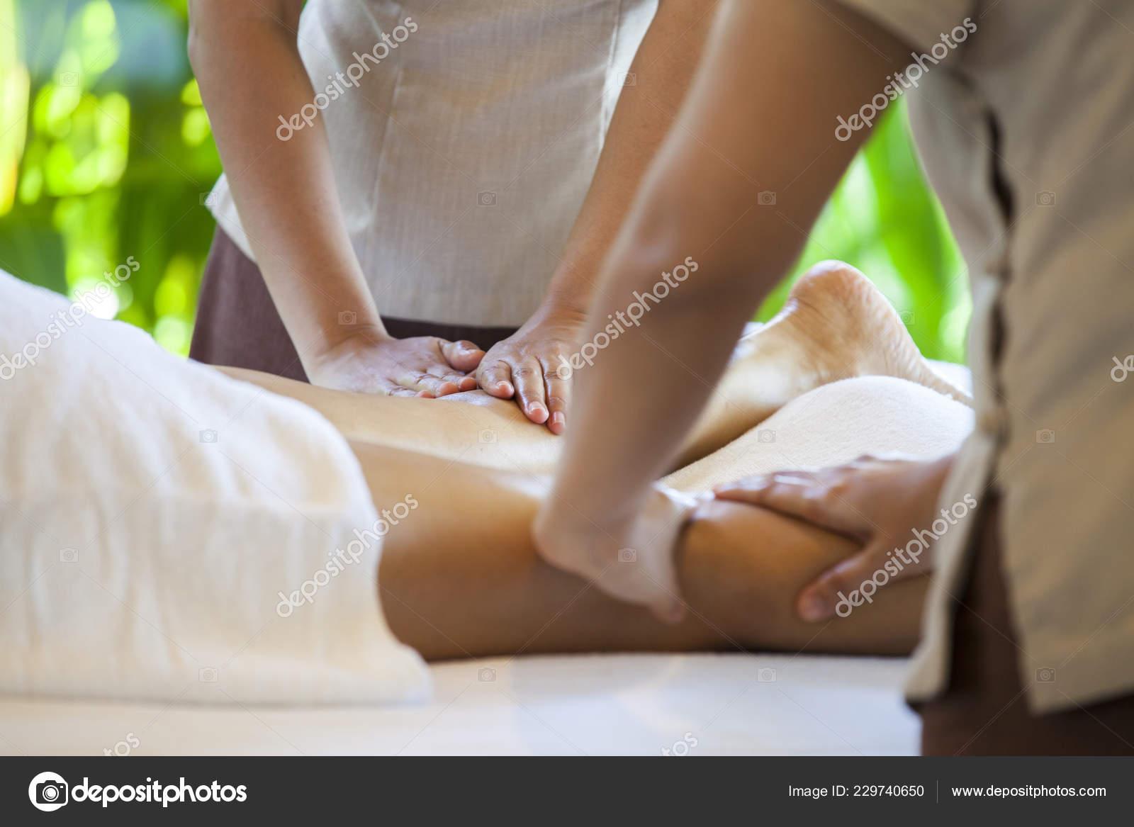 Секс принудительный на массаже, Порно видео с массажем, делает массаж парню 18 фотография