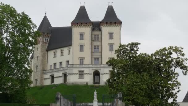 město hrad Pau ve Francii