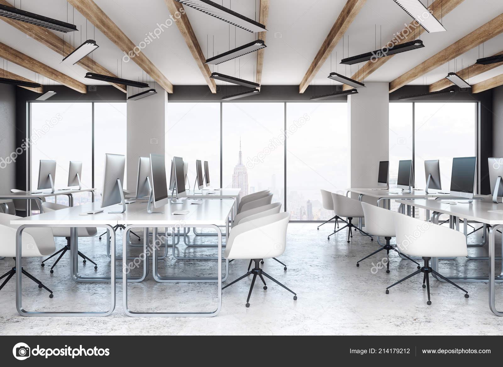 Nouveau coworking intérieur bureau meubles vue sur ville lumière