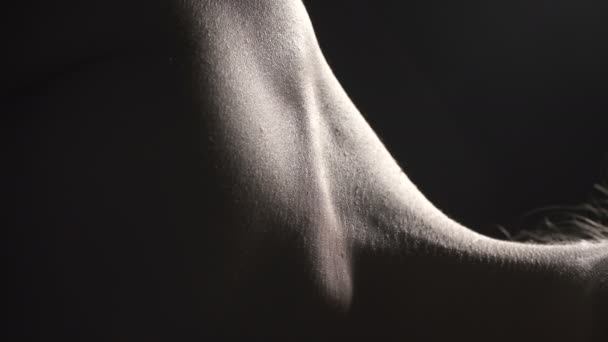 Video of neck with artery, closeup