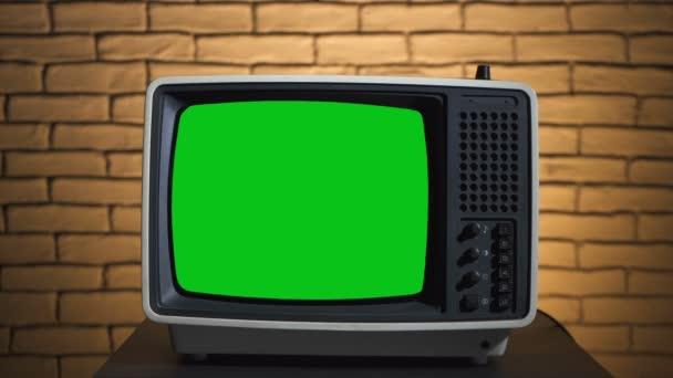 Videó a retro TV chroma key