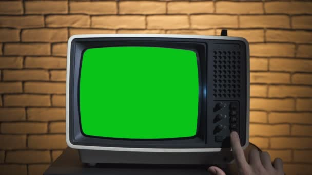 Video of turning on the retro tv
