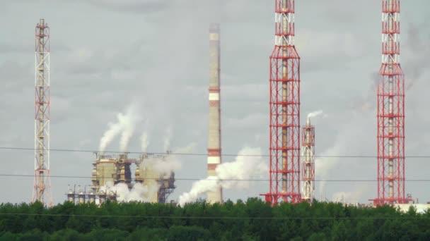 Video o průmyslovém závodu v terénu