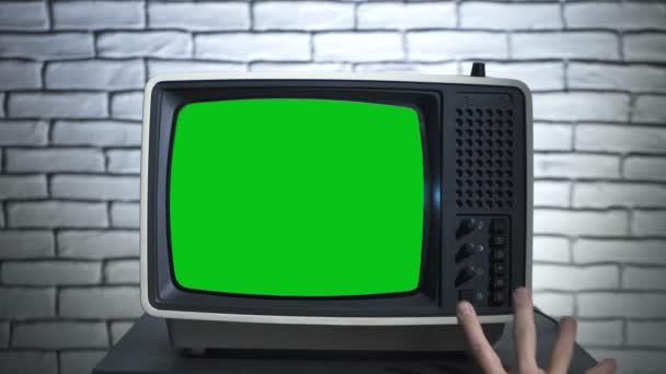 Bekapcsolom a régi tévét a chroma billentyűvel