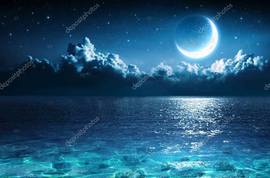 Фотообои Romantic Moon On Sea In Magic Night