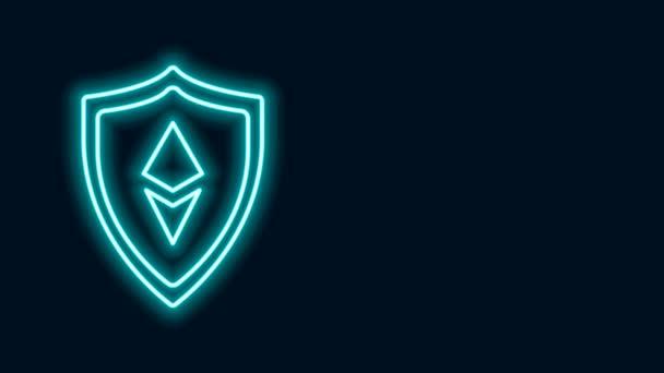 Világító neon vonal Shield Ethereum ETH ikon elszigetelt fekete alapon. Kriptovaluta bányászat, blockchain technológia, biztonság, védelem, digitális pénz. 4K Videó mozgás grafikus animáció