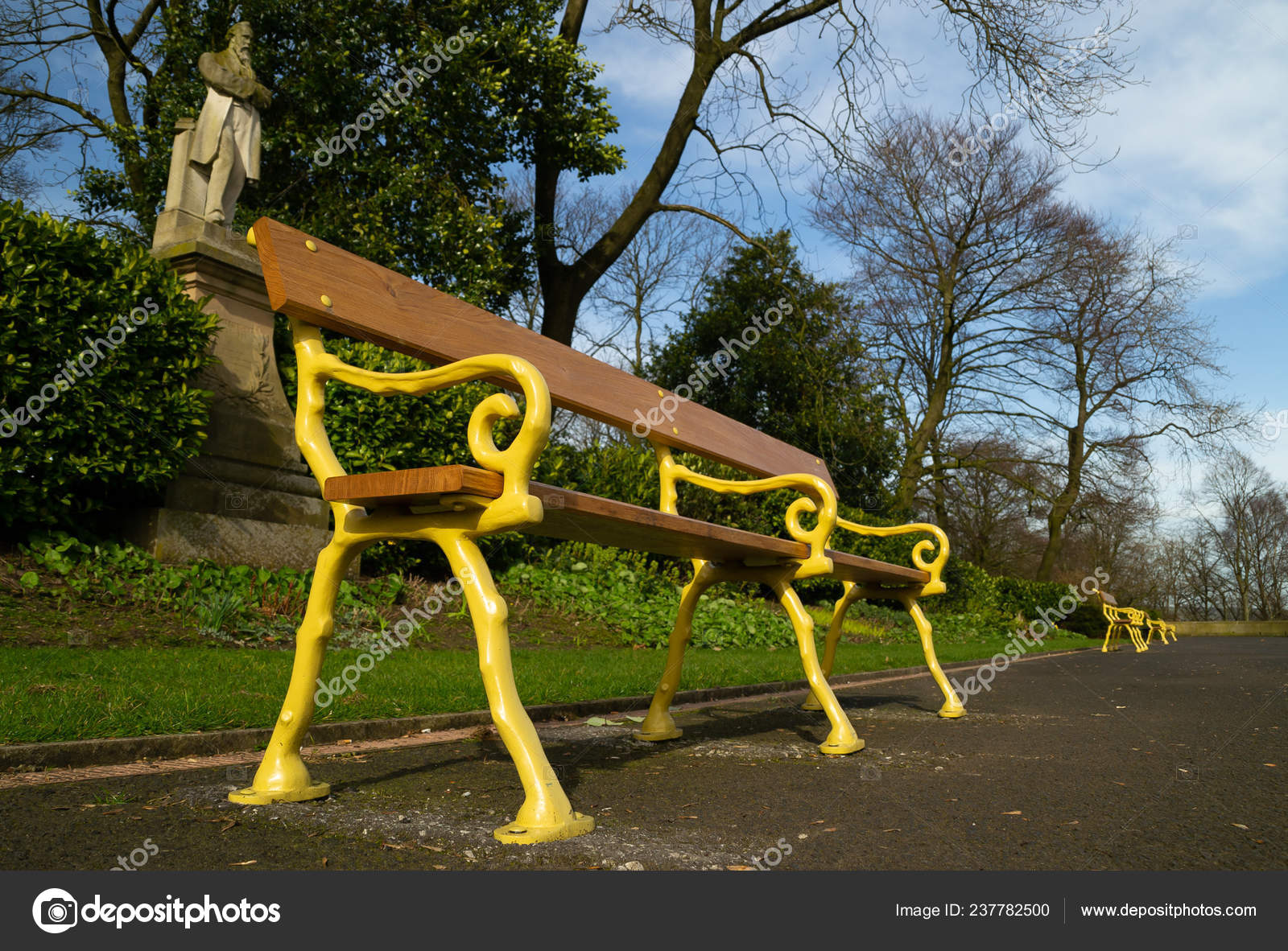 Old Style Park Bench Queen Park Bolton England Stock Photo