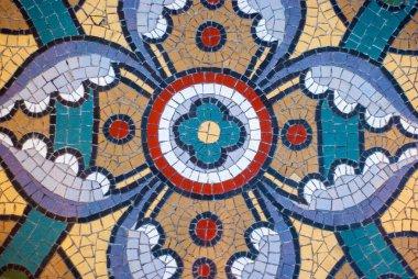 """Картина, постер, плакат, фотообои """"винтажная текстура. деталь красивого старого рушащегося абстрактного керамического мозаичного украшенного здания. мозаичный декоративный фон. абстрактный рисунок, цветные керамические камни. фрески санкт-петербурга"""", артикул 415460156"""