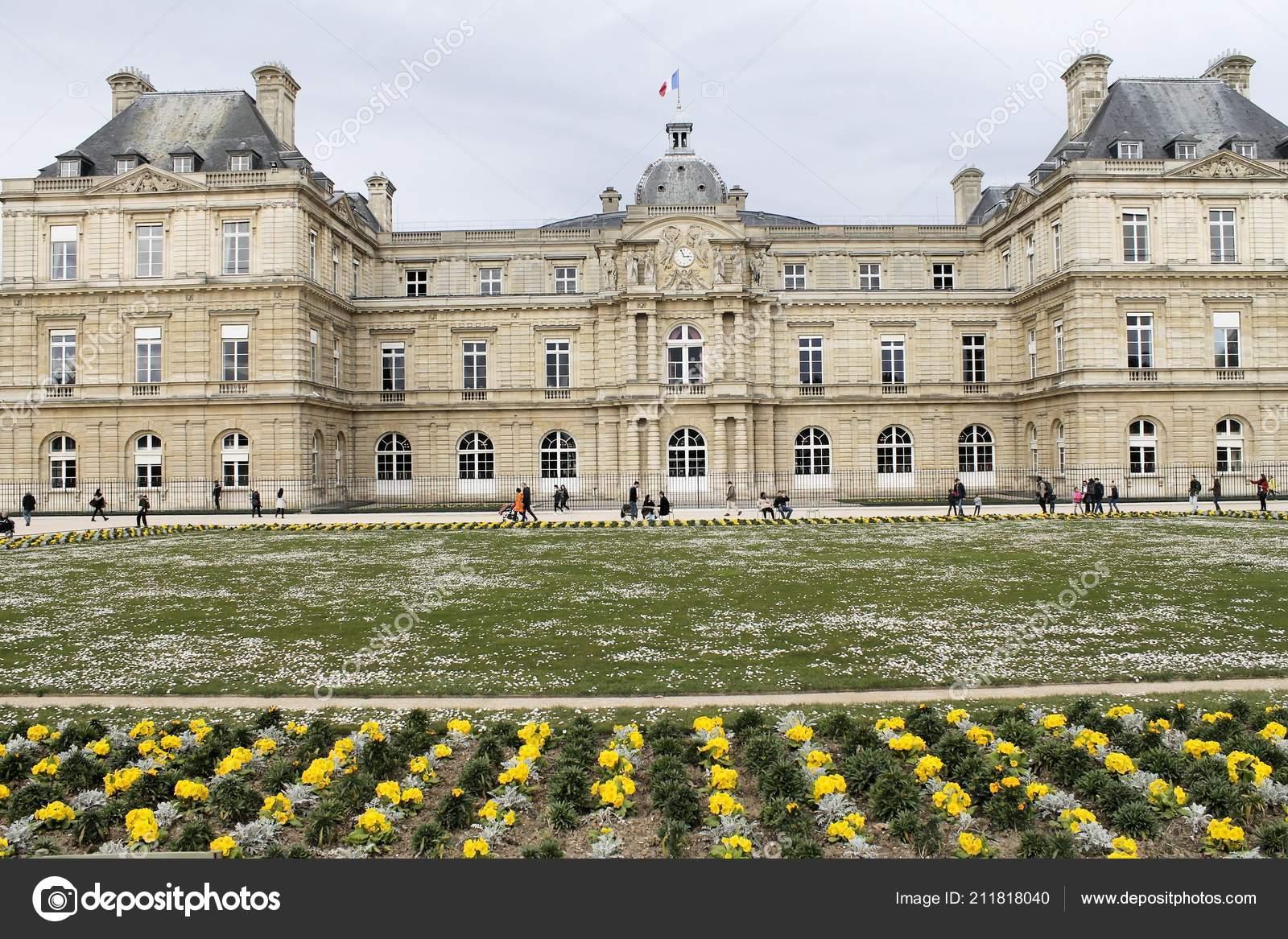 Paris Frankreich 2018 Die Berühmten Jardin Des Tuileries ...
