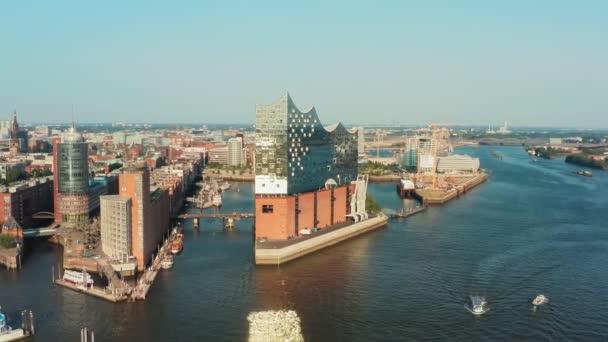 Luftaufnahme der Stadt Hamburg und des Hafens von Hamburg