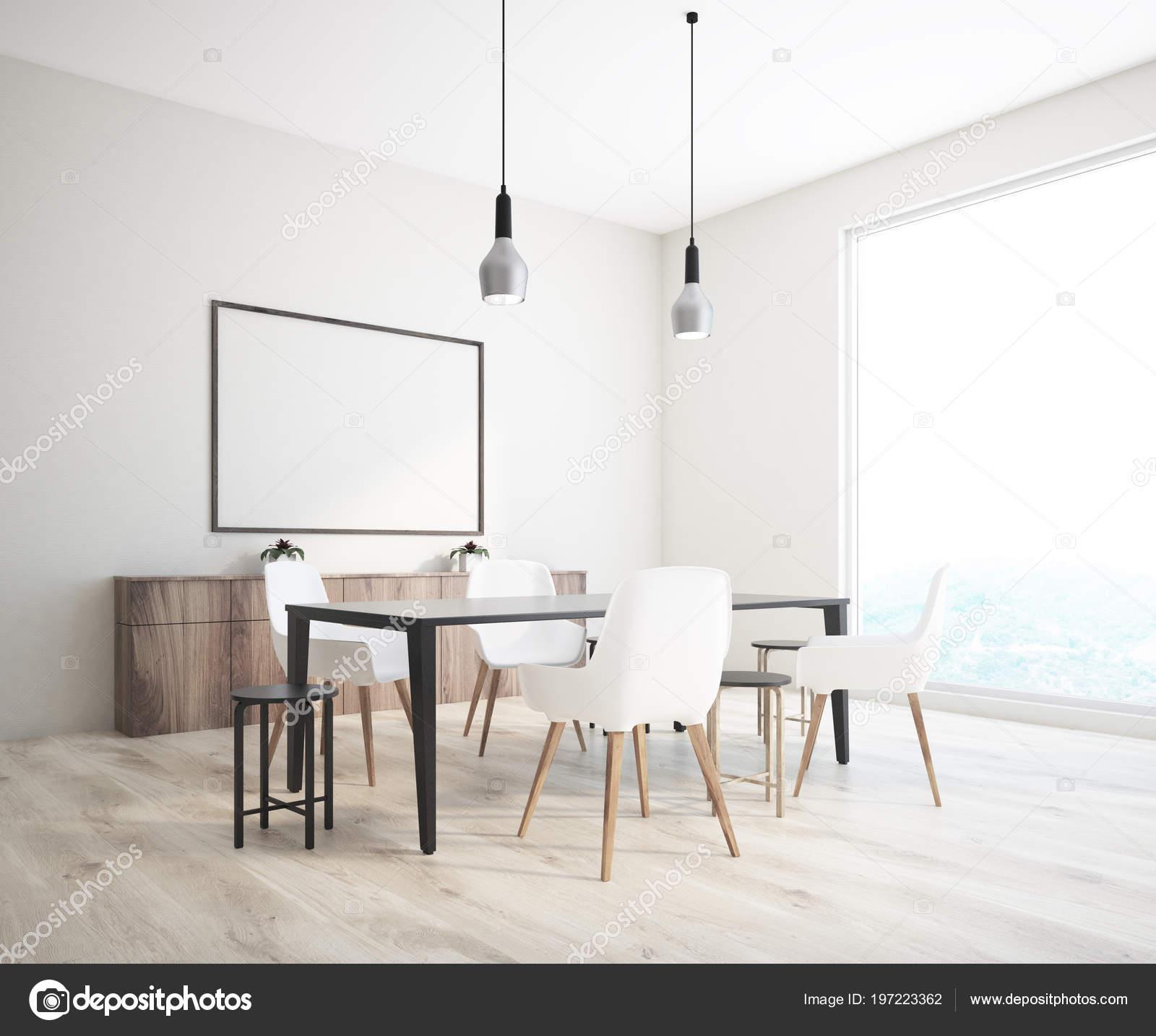 Angolo Bianco Muro Classico Sedie Nero Sala Con Pranzo Tavolo zSVpqLGUM