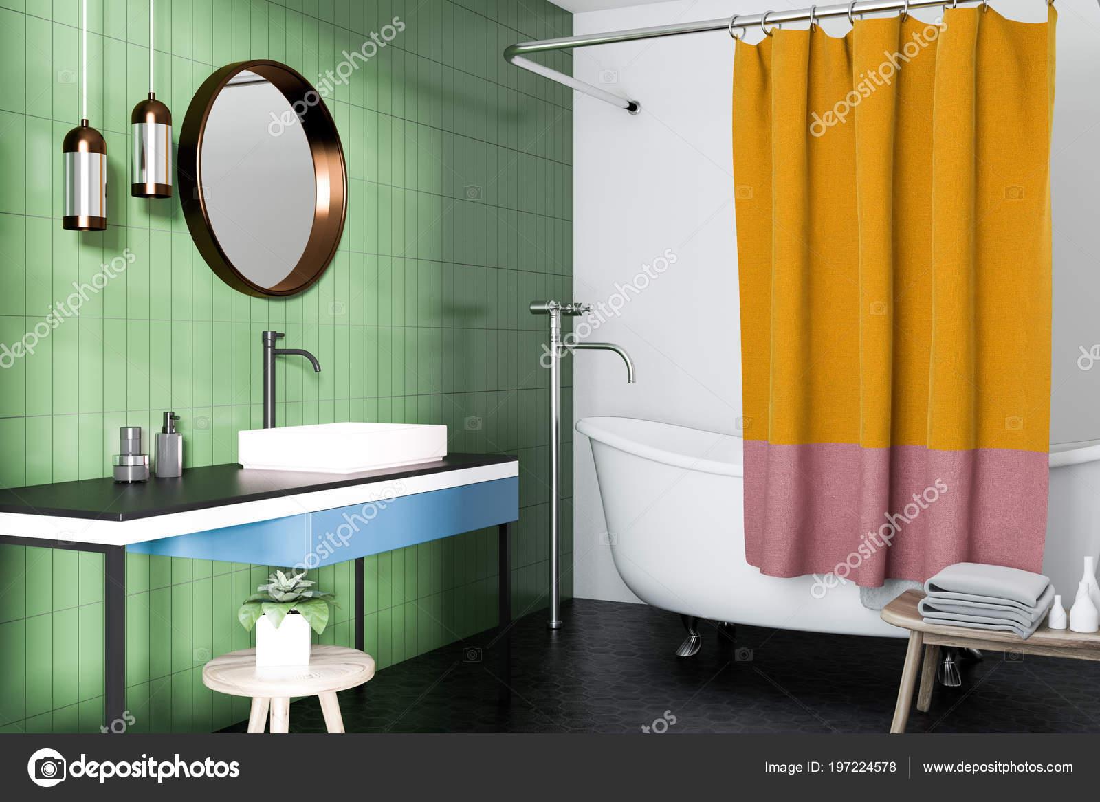 Intérieur Vert Salle Bains Avec Une Baignoire Blanche Lavabo Avec ...