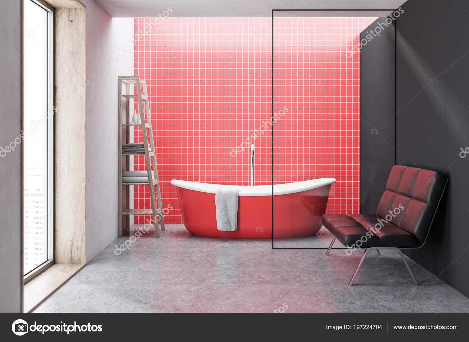 Vasca Da Bagno Rossa : Rosso piastrella interiore della stanza bagno con una vasca bagno