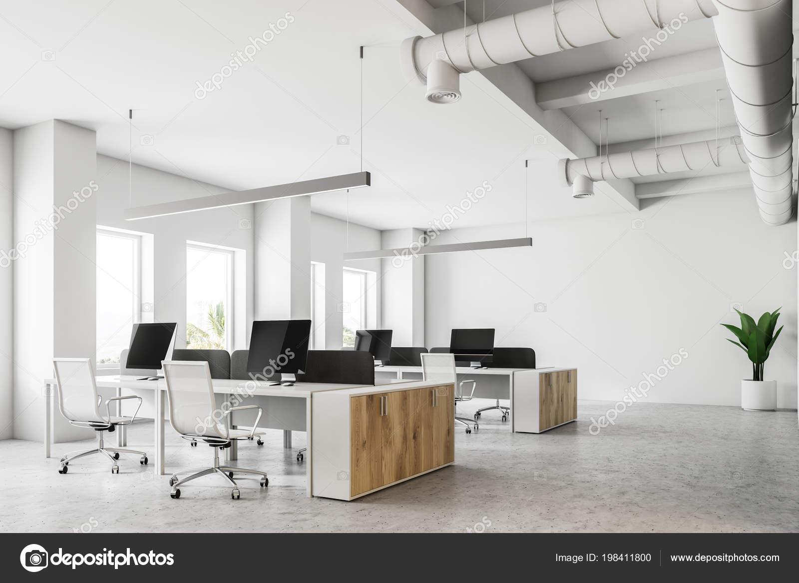 Rogu Biuro Otwarta Przestrzeń Białymi ścianami Beton Wiersze