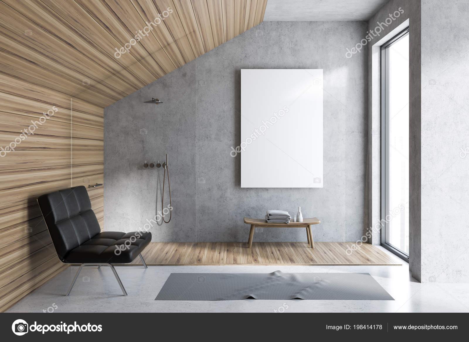 Interni bagno mansarda con pareti legno cemento pavimento cemento