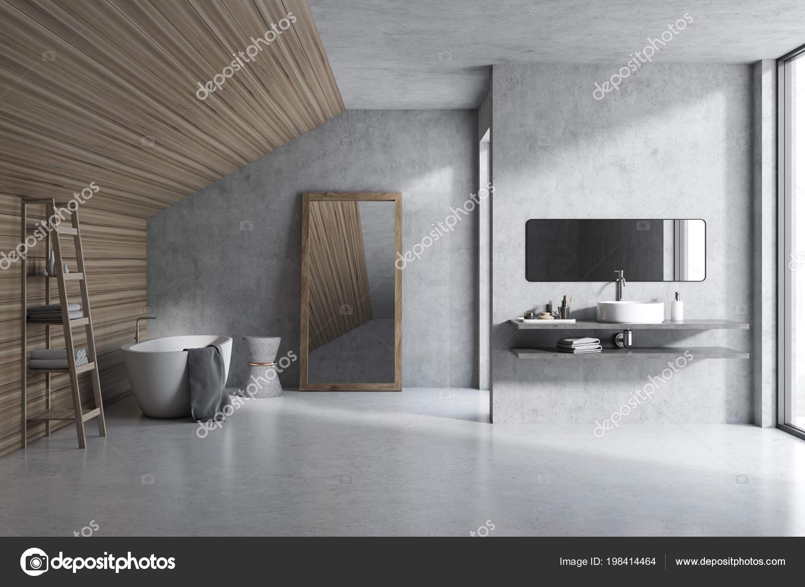 Charmant Attic Bathroom Interior Concrete Wooden Walls Concrete Floor Shower Stall U2014  Stock Photo