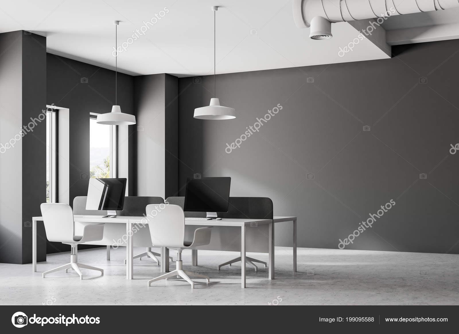 Donker grijze minimalistische kantoor interieur met een witte vloer