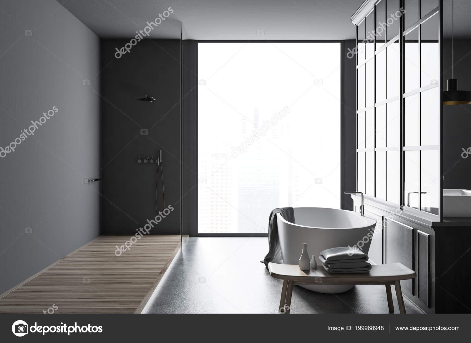 Decoratie Badkamer Muur : Grijze muur badkamer interieur met een metalen decoratie details