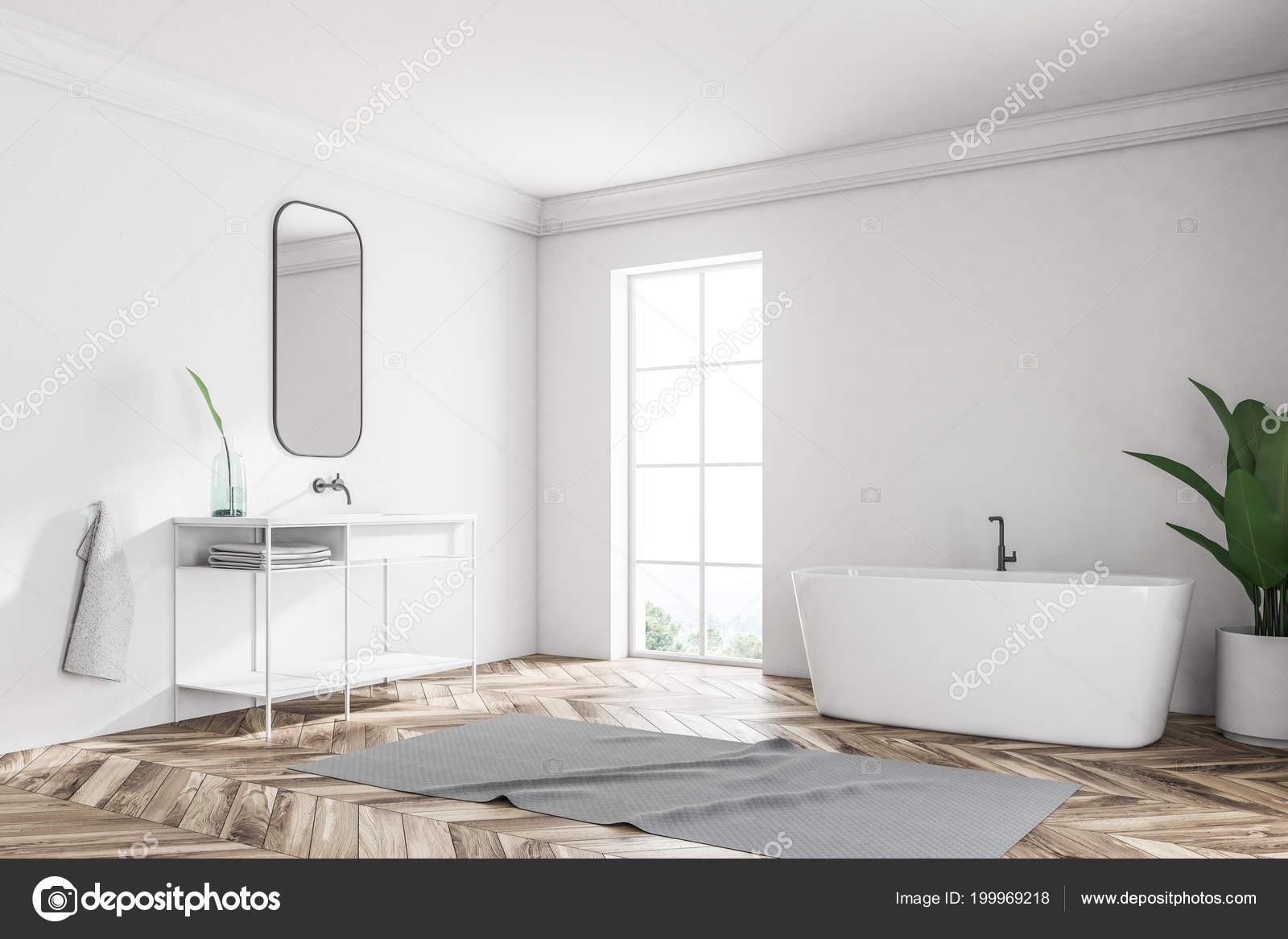 Angle Mur Blanc Loft Salle Bain Avec Parquet Une Baignoire ...